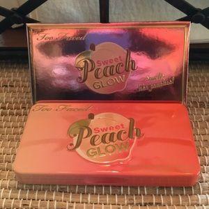 Too faced peach face palette